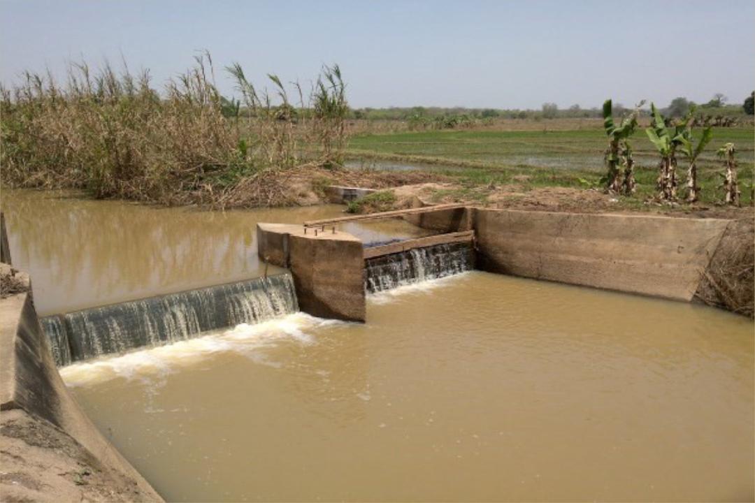 <strong>SONADER : Étude pour la mise en place de mécanismes de la gestion et de la maintenance des axes hydrauliques et des infrastructures et équipements hydro agricoles en R.I.M</strong>